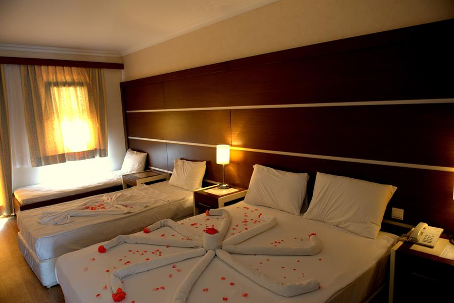 https://aventur.ro/assets/media/imagini_hoteluri/BOWOXX/BOWOXX-HotelPict5-20691.jpg