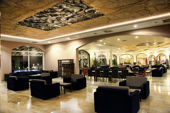 https://aventur.ro/assets/media/imagini_hoteluri/BOYASM/BOYASM-HotelPict15-22211.jpg