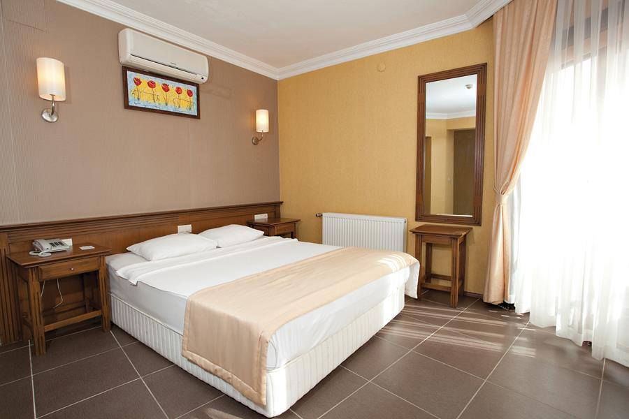 https://aventur.ro/assets/media/imagini_hoteluri/BOYMAN/BOYMAN-HotelPict9-20581.jpg