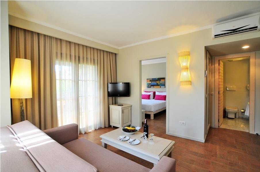 https://aventur.ro/assets/media/imagini_hoteluri/BOZEYT/BOZEYT-HotelPict7-21733.jpg