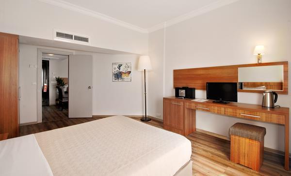 https://aventur.ro/assets/media/imagini_hoteluri/CSALKO/CSALKO-HotelPict10-15976.jpg