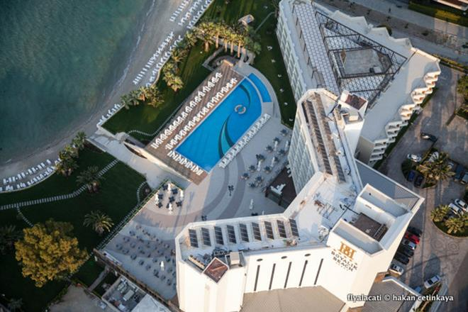 https://aventur.ro/assets/media/imagini_hoteluri/CSBOYA/CSBOYA-HotelPict1-11812.jpg