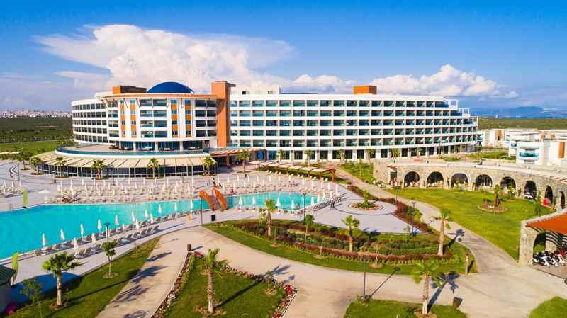 https://aventur.ro/assets/media/imagini_hoteluri/DIAQUA/DIAQUA-HotelPict2-22874.jpg