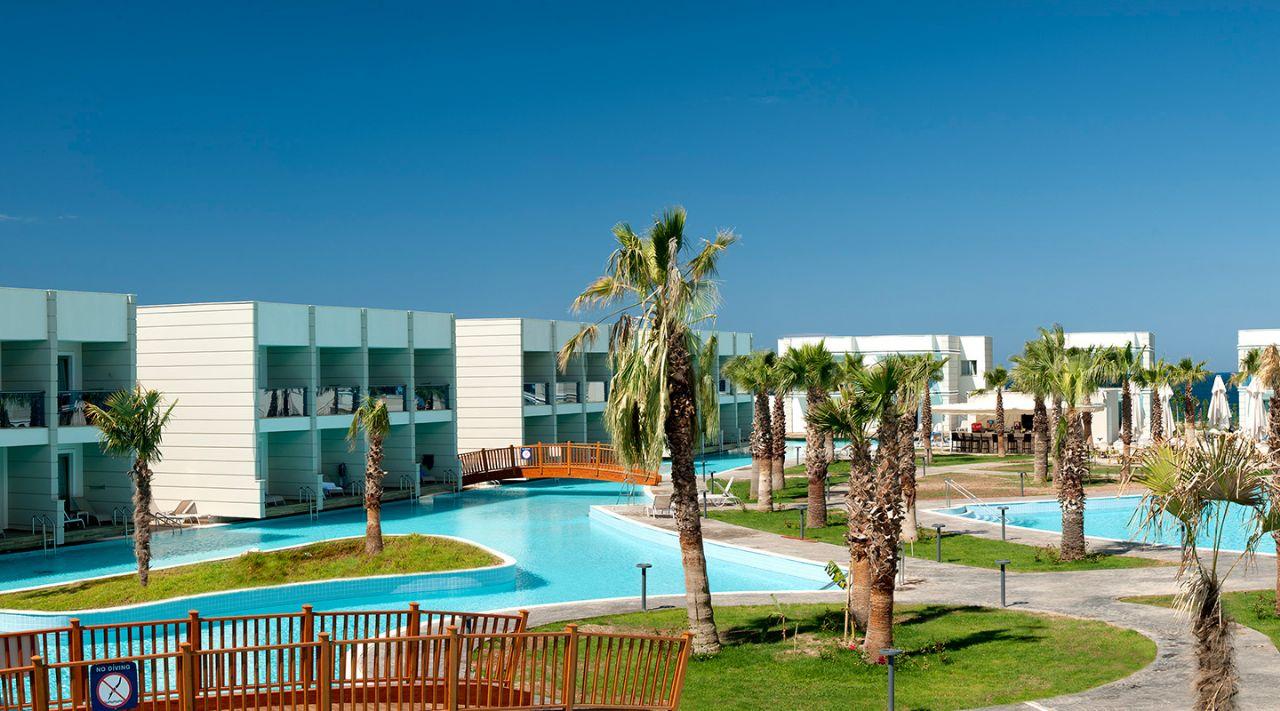 https://aventur.ro/assets/media/imagini_hoteluri/DIAQUA/aquasis-deluxe-resort--spa-konaklama-389.jpg
