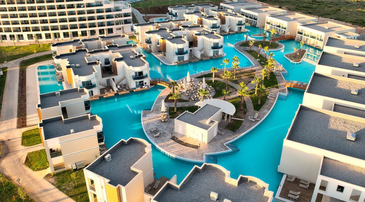 https://aventur.ro/assets/media/imagini_hoteluri/DIAQUA/aquasis-deluxe-resort--spa-konaklama-769.jpg