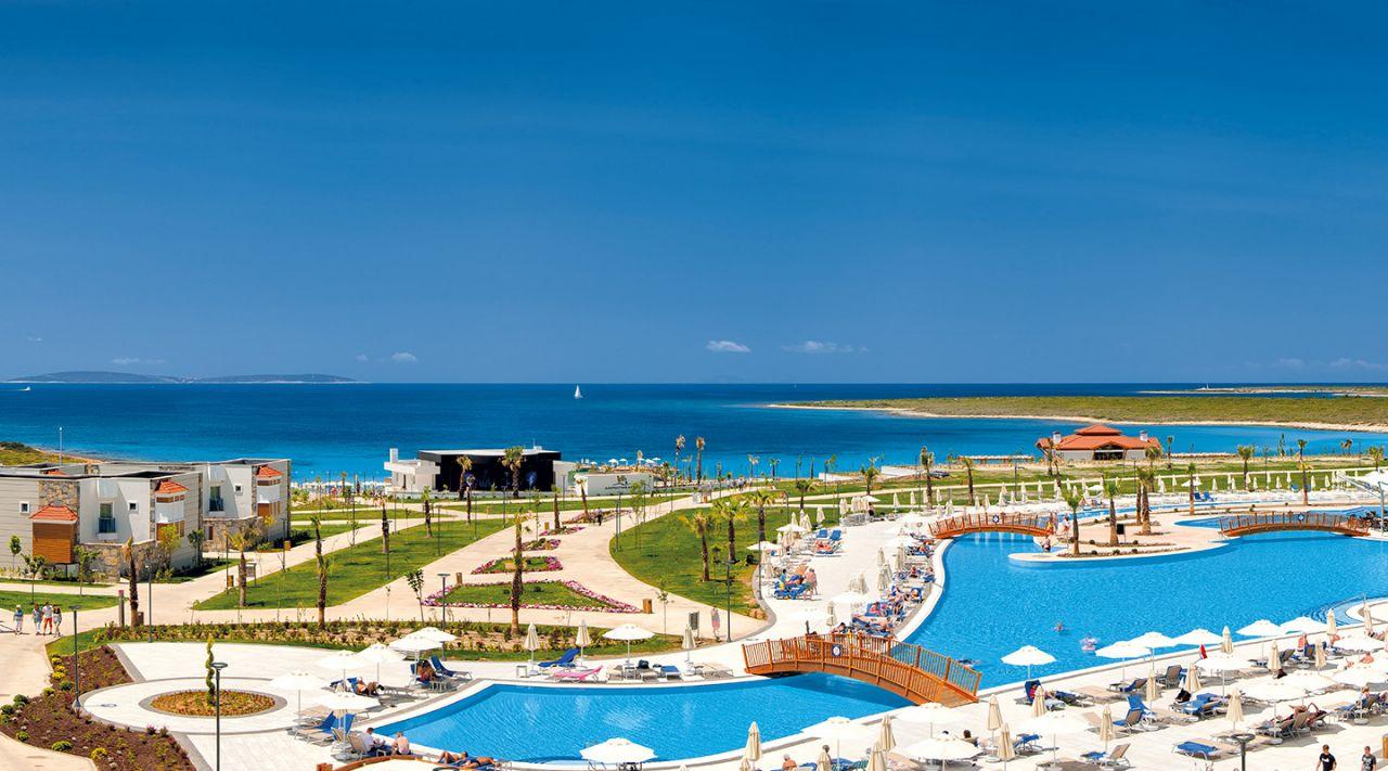 https://aventur.ro/assets/media/imagini_hoteluri/DIAQUA/aquasis-deluxe-resort--spa-otelimiz-033.jpg