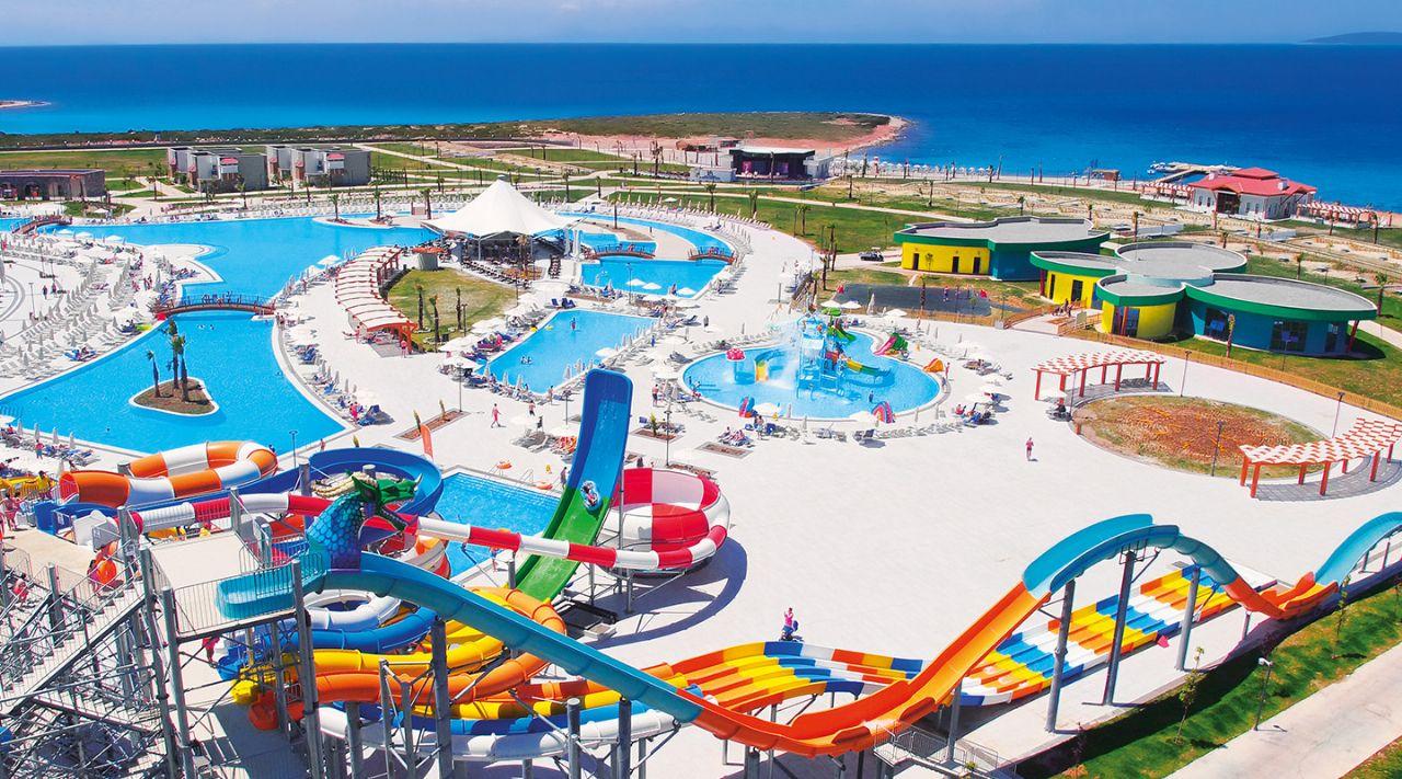 https://aventur.ro/assets/media/imagini_hoteluri/DIAQUA/aquasis-deluxe-resort--spa-otelimiz-259.jpg