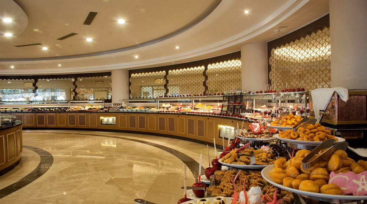 https://aventur.ro/assets/media/imagini_hoteluri/DIAQUA/aquasis-deluxe-resort--spa-restoran--746.jpg