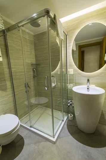 https://aventur.ro/assets/media/imagini_hoteluri/DIAURM/DIAURM-HotelPict11-22910.jpg