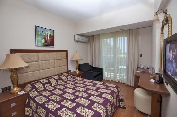 https://aventur.ro/assets/media/imagini_hoteluri/DIDMB/DIDMB-HotelPict9-17799.jpg