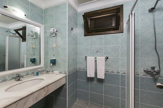 https://aventur.ro/assets/media/imagini_hoteluri/DITARH/DITARH-HotelPict13-17845.jpg