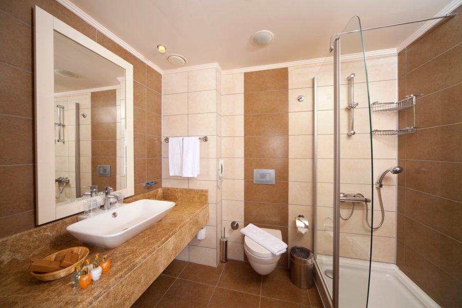 https://aventur.ro/assets/media/imagini_hoteluri/DIVENO/Venosa_Beach_Resort_Spa_baie.jpg