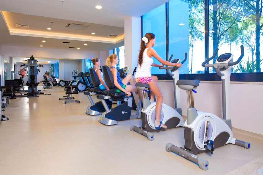 https://aventur.ro/assets/media/imagini_hoteluri/DIVENO/Venosa_Beach_Resort_Spa_fitnes.jpg