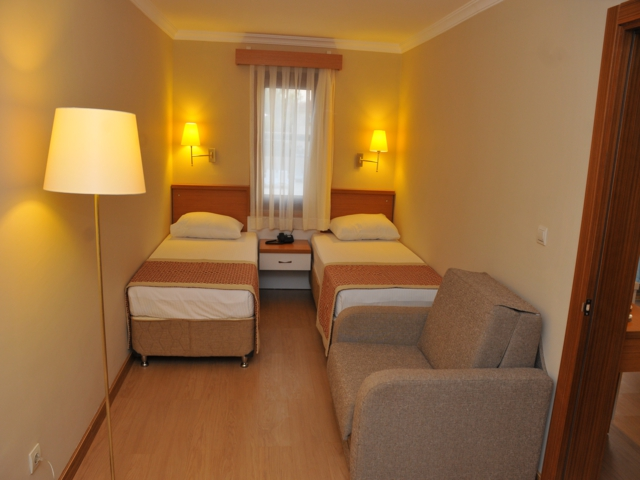 https://aventur.ro/assets/media/imagini_hoteluri/FTAES/FTAES-HotelPict3-2478.jpg