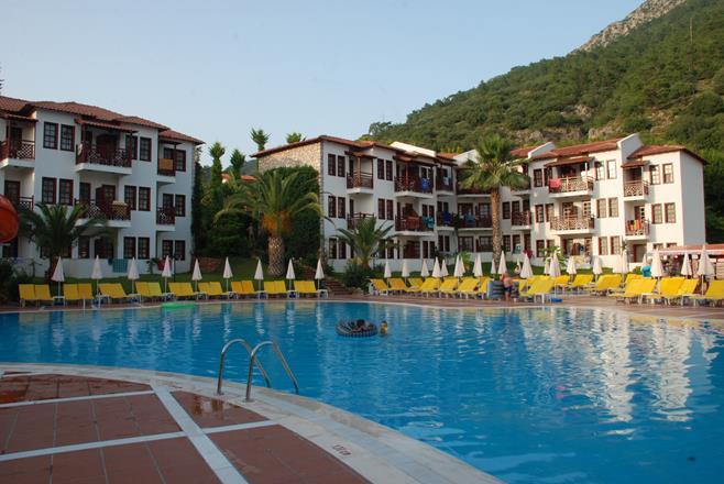 https://aventur.ro/assets/media/imagini_hoteluri/FTALIZ/FTALIZ-HotelPict10-11876.jpg
