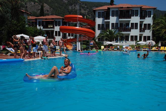 https://aventur.ro/assets/media/imagini_hoteluri/FTALIZ/FTALIZ-HotelPict14-11880.jpg