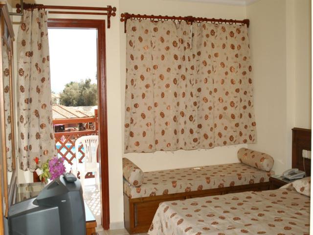 https://aventur.ro/assets/media/imagini_hoteluri/FTALIZ/FTALIZ-HotelPict4-2504.jpg