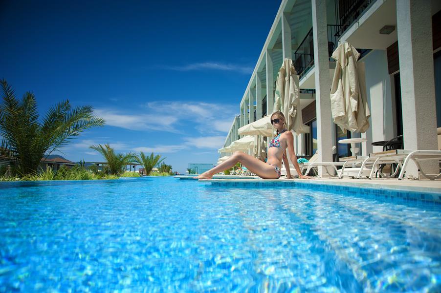 https://aventur.ro/assets/media/imagini_hoteluri/FTJIVA/FTJIVA-HotelPict3-20839.jpg