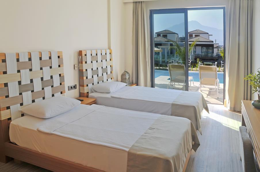 https://aventur.ro/assets/media/imagini_hoteluri/FTJIVA/FTJIVA-HotelPict5-20841.jpg