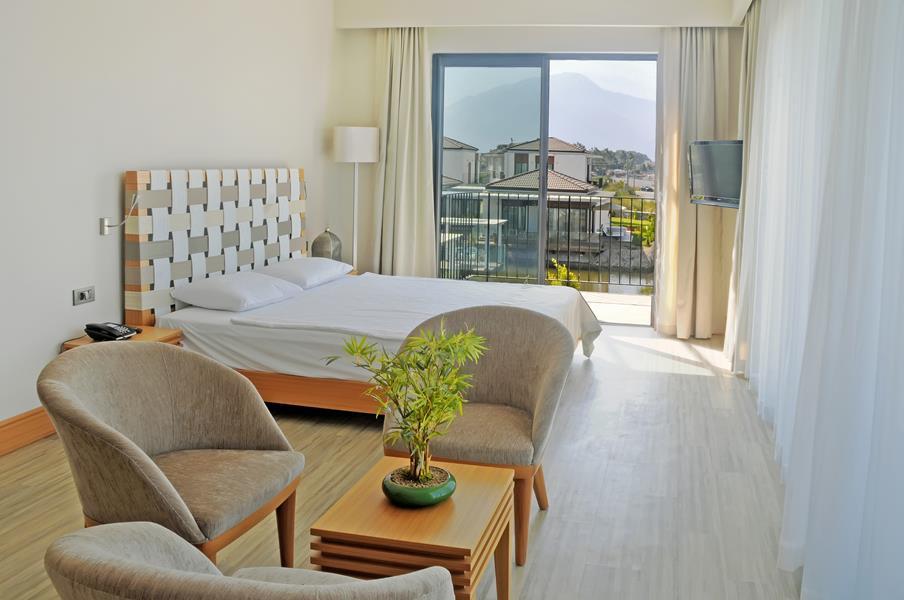 https://aventur.ro/assets/media/imagini_hoteluri/FTJIVA/FTJIVA-HotelPict6-20842.jpg
