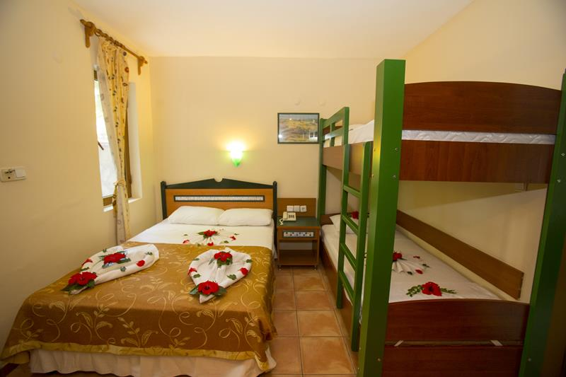 https://aventur.ro/assets/media/imagini_hoteluri/FTKATR/FTKATR-HotelPict13-22777.jpg