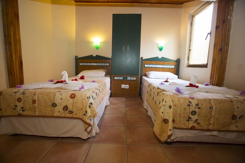 https://aventur.ro/assets/media/imagini_hoteluri/FTKATR/FTKATR-HotelPict19-22783.jpg