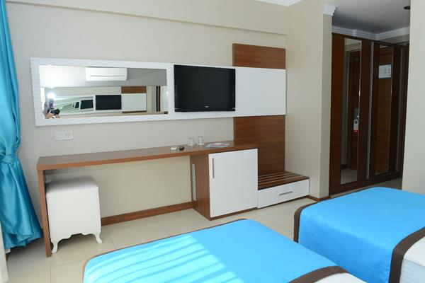 https://aventur.ro/assets/media/imagini_hoteluri/FTMARR/FTMARR-HotelPict10-15991.jpg