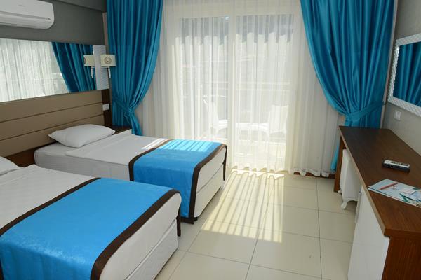 https://aventur.ro/assets/media/imagini_hoteluri/FTMARR/FTMARR-HotelPict9-15990.jpg