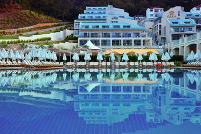 https://aventur.ro/assets/media/imagini_hoteluri/FTORKA/FTORKA-HotelPict2-12089.jpg