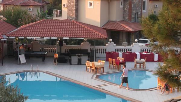 https://aventur.ro/assets/media/imagini_hoteluri/FTSUNS/FTSUNS-HotelPict4-16800.jpg