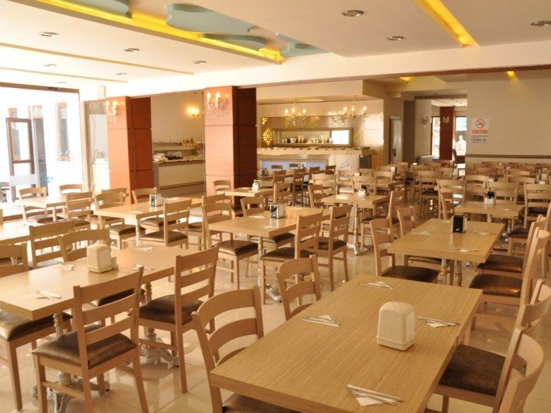 https://aventur.ro/assets/media/imagini_hoteluri/GRA728/grand_anzac_hotel_restaurant4-1b0e.JPG
