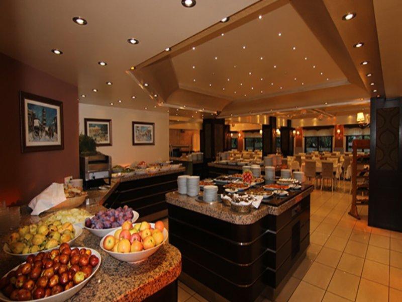https://aventur.ro/assets/media/imagini_hoteluri/IRI730/iris_hotel_restaurant2.jpg