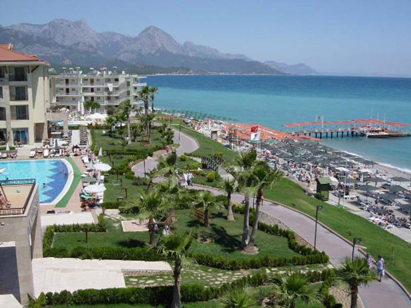 https://aventur.ro/assets/media/imagini_hoteluri/KEAMBA/KEAMBA-HotelPict14-21419.jpg