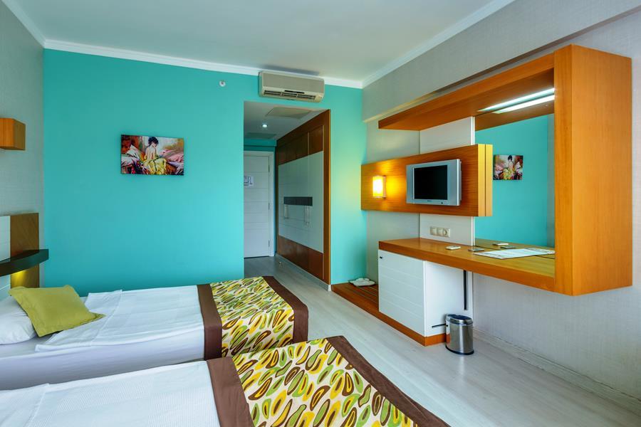 https://aventur.ro/assets/media/imagini_hoteluri/KEARMR/KEARMR-HotelPict6-21436.jpg