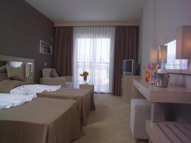 https://aventur.ro/assets/media/imagini_hoteluri/KEASDB/KEASDB-HotelPict2-3911.jpg