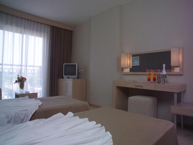https://aventur.ro/assets/media/imagini_hoteluri/KEASDB/KEASDB-HotelPict3-3912.jpg