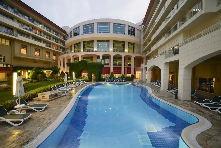 https://aventur.ro/assets/media/imagini_hoteluri/KEBAKE/KEBAKE-HotelPict3-21440.jpg