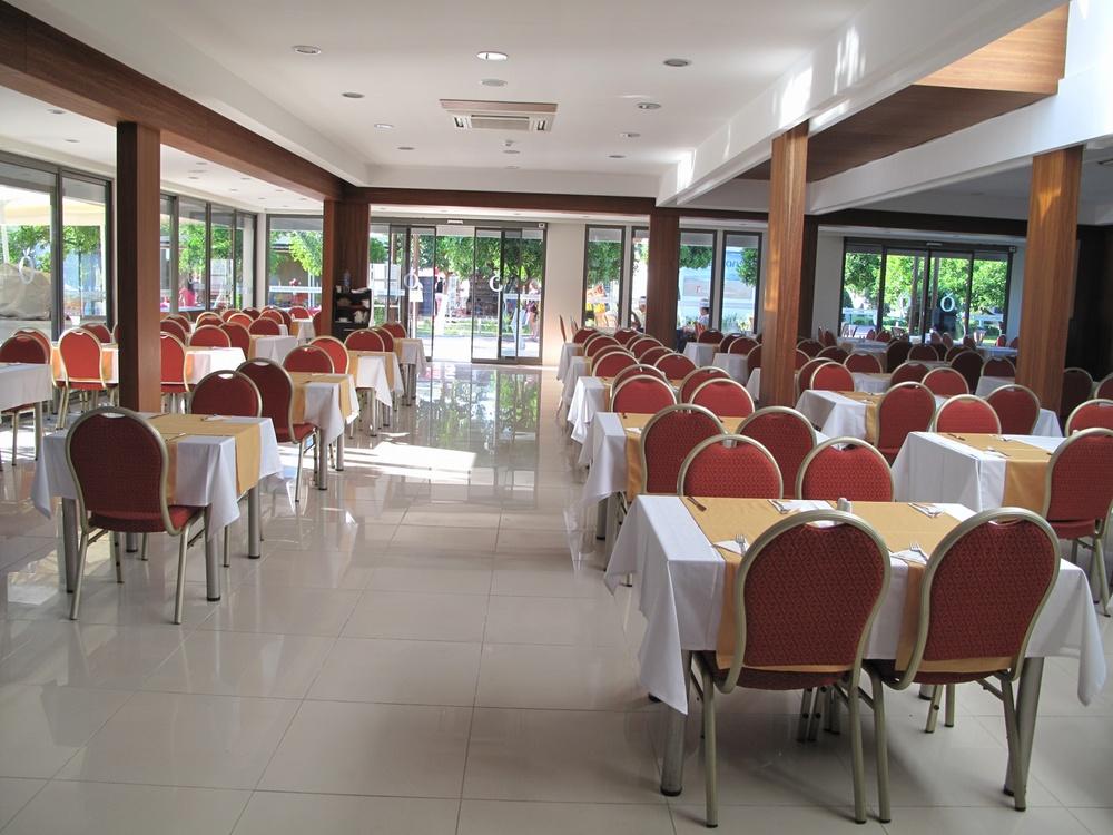 https://aventur.ro/assets/media/imagini_hoteluri/KEBATO/KEBATO-HotelPict13-9411.jpg