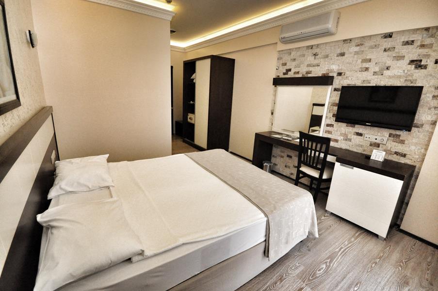 https://aventur.ro/assets/media/imagini_hoteluri/KECAMY/KECAMY-HotelPict6-21453.jpg