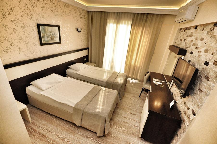 https://aventur.ro/assets/media/imagini_hoteluri/KECAMY/KECAMY-HotelPict7-21454.jpg