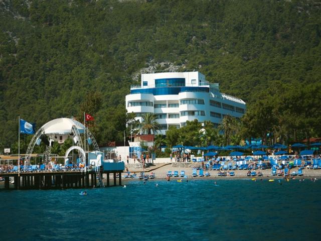 https://aventur.ro/assets/media/imagini_hoteluri/KECATA/KECATA-HotelPict1-3947.jpg