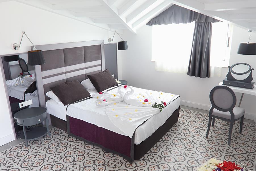 https://aventur.ro/assets/media/imagini_hoteluri/KECRAU/KECRAU-HotelPict6-21463.jpg