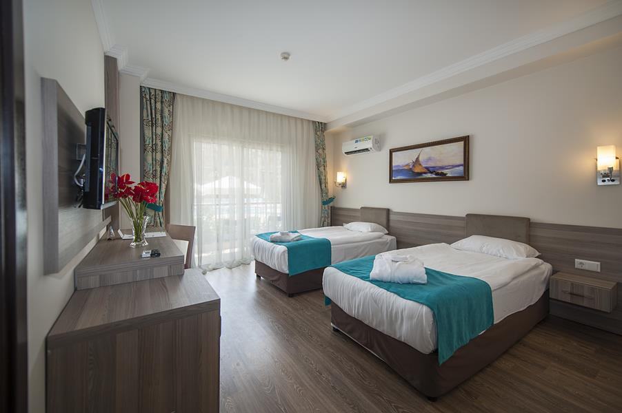https://aventur.ro/assets/media/imagini_hoteluri/KECRAU/KECRAU-HotelPict7-21464.jpg