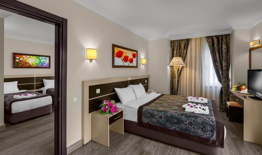 https://aventur.ro/assets/media/imagini_hoteluri/KECRAU/KECRAU-HotelPict8-21465.jpg