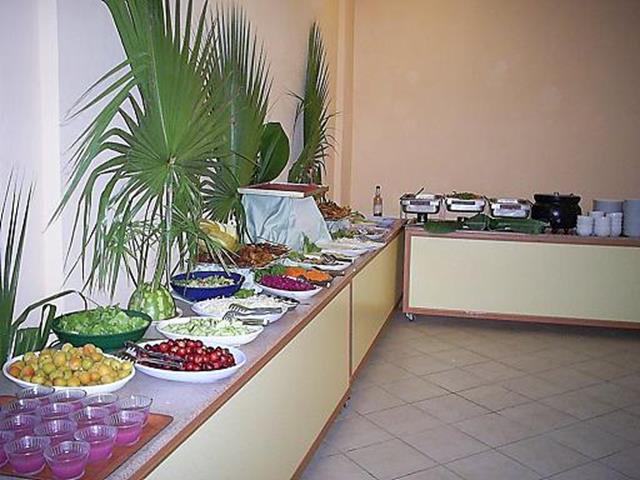 https://aventur.ro/assets/media/imagini_hoteluri/KEDERI/KEDERI-HotelPict3-8290.jpg