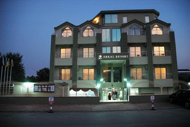 https://aventur.ro/assets/media/imagini_hoteluri/KEERKA/KEERKA-HotelPict2-8261.jpg