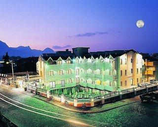 https://aventur.ro/assets/media/imagini_hoteluri/KEHILI/KEHILI-HotelPict7-22761.jpg