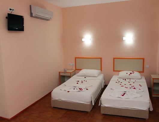 https://aventur.ro/assets/media/imagini_hoteluri/KEIDYR/KEIDYR-HotelPict12-16008.jpg