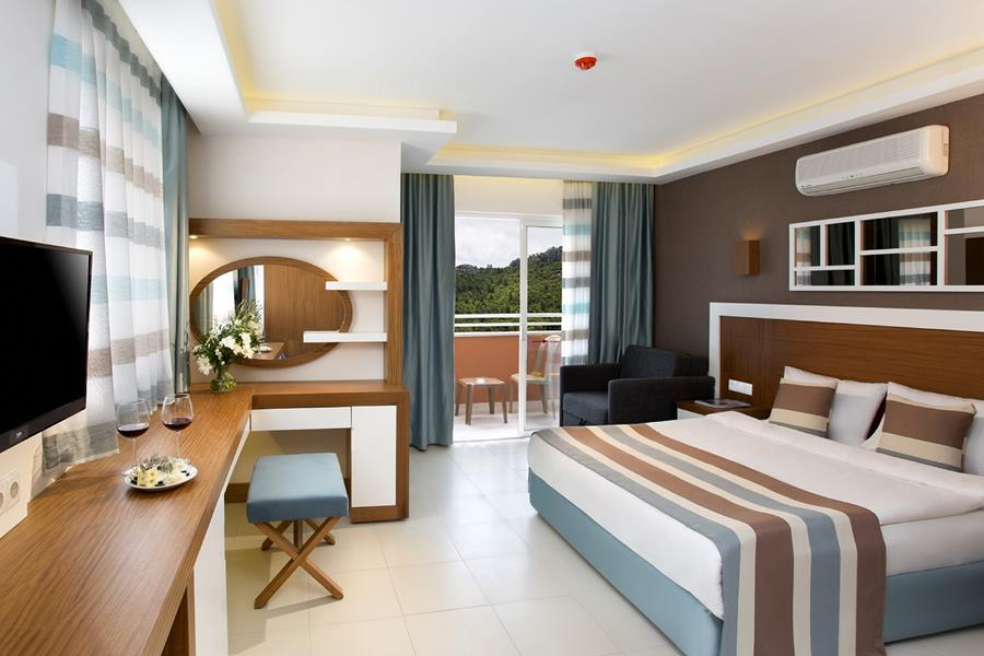 https://aventur.ro/assets/media/imagini_hoteluri/KEIKO/KEIKO-HotelPict9-21867.jpg