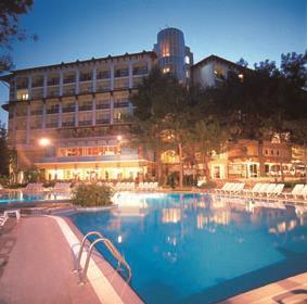 https://aventur.ro/assets/media/imagini_hoteluri/KEJEFE/KEJEFE-HotelPict2-8908.jpg